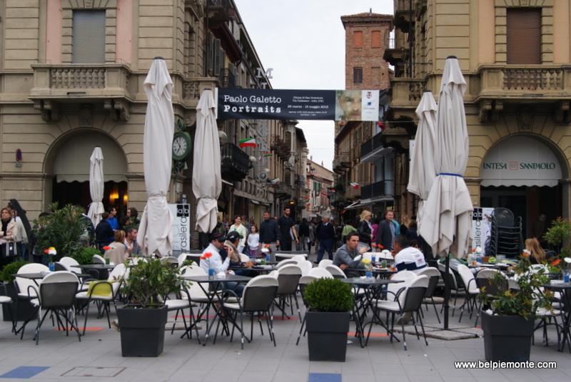 Piazza Savona, Alba, Piedmont, Italy