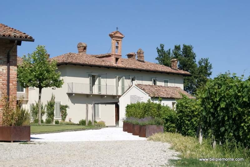 Palace Cerequio, Langhe, Piemonte, Italy