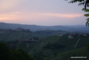 winnice Langhe, Serralunga d'Alba, Piemont, Włochy