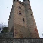 zamek (castello) Serralunga d'Alba, Piemont, W
