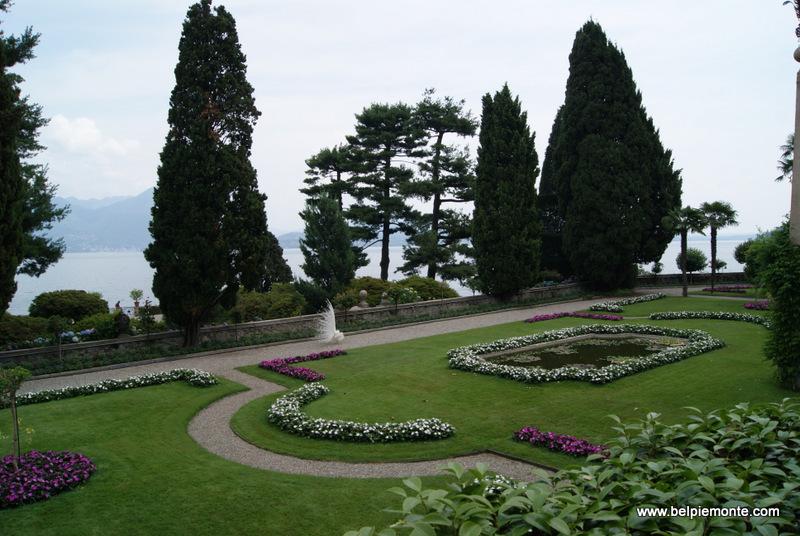 fragment ogrodu na wysepce Isola Bella