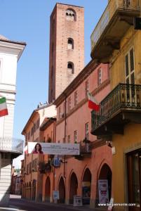 jedna z wież przy via Cavour