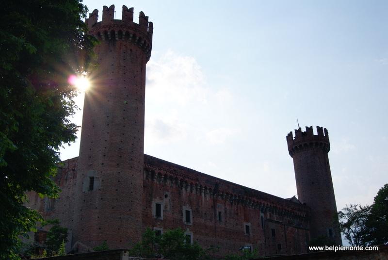 zamek (castello), Ivrea, Piemont, Włochy
