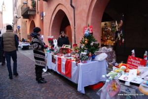 Alba - świąteczne stoiska przy via Cavour