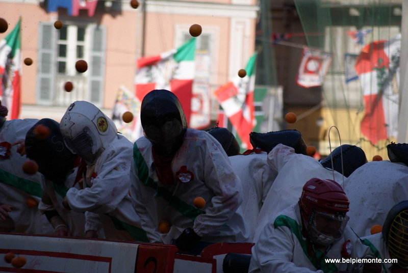 Ivrea (Piemont, Włochy), bitwa na pomarańcze