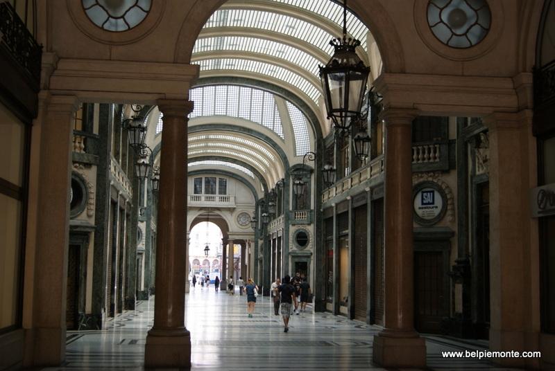Galleria San Federico, Turyn, Włochy