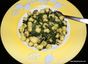 Gnocchi z serem gorgonzola i szpinakiem