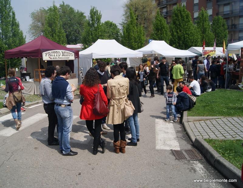 Streetfood podczas Vinum 2013, Alba, Piemont, Włochy