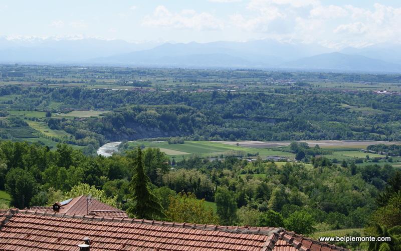 krajobraz Langhe - widok z Novello