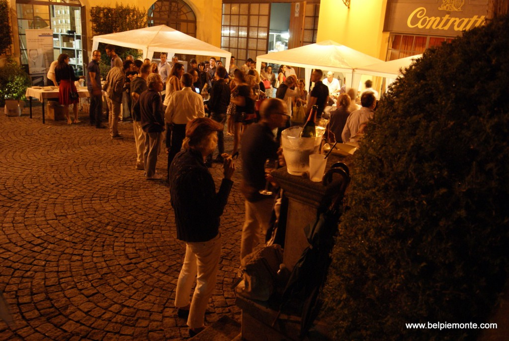 impreza w winnicy Contratto, Canelli, Piemont, Włochy