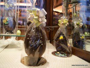 Czekoladowe jajo na Wielkanoc, Włochy